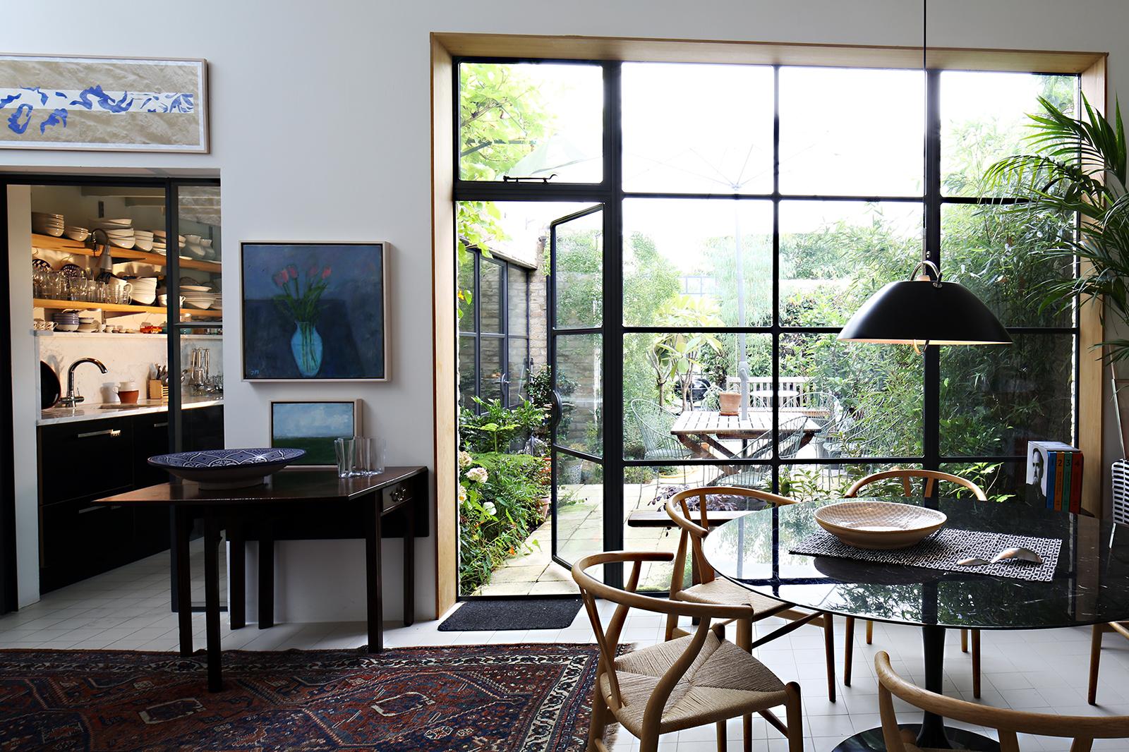4 Carisle Avenue - Lounge:Kitchen