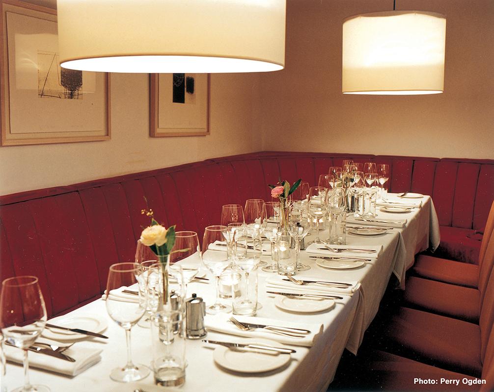 4 Town Bar & Grill - Interio