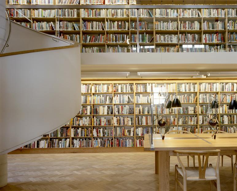 3 Abbeyleix Library - Interior