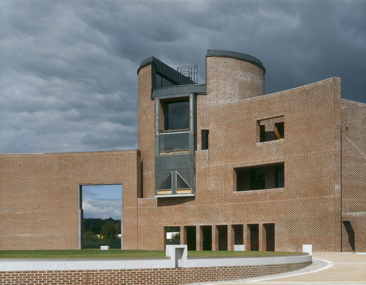 1 CIT - Administration Building