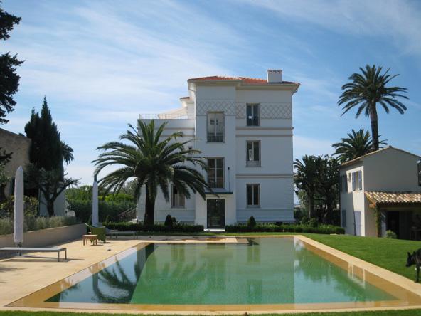 1 Villa Soleila - Front