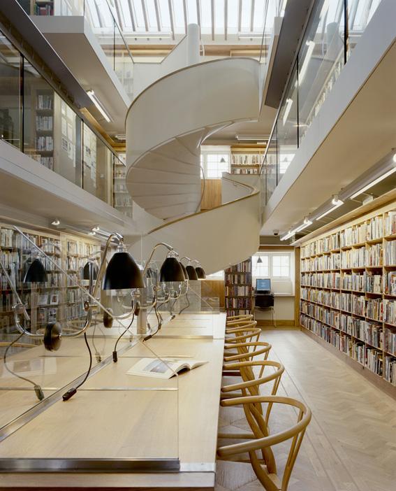2 Abbeyleix Library - Interior