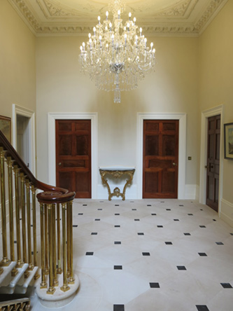 2 Country House, Limerick - Entrance Hall