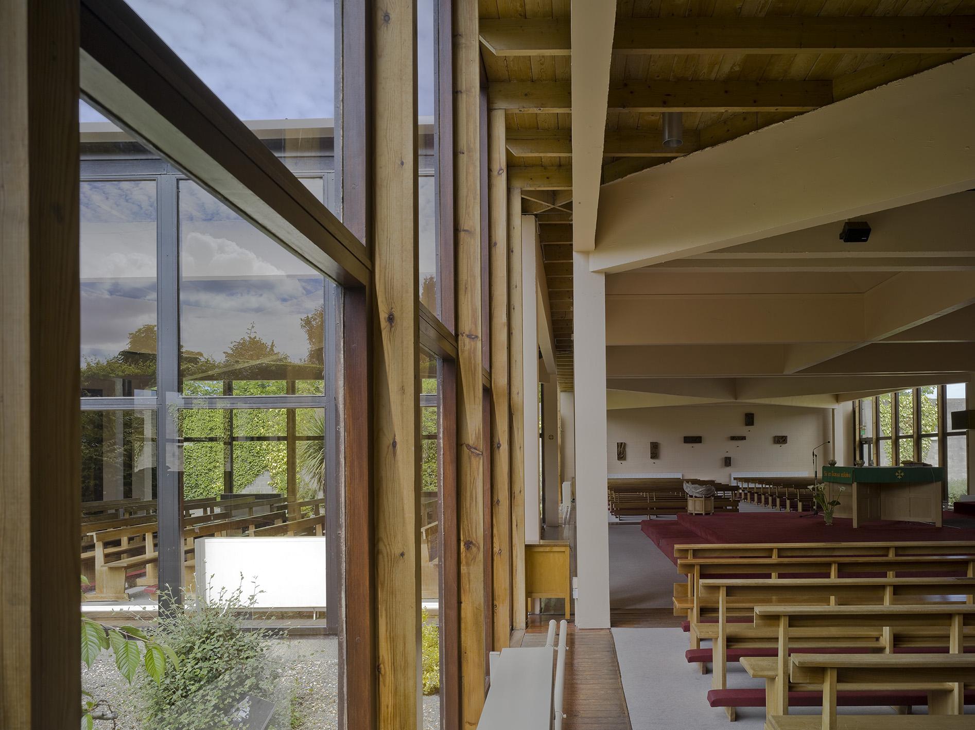 3 Firhouse Church - Interior