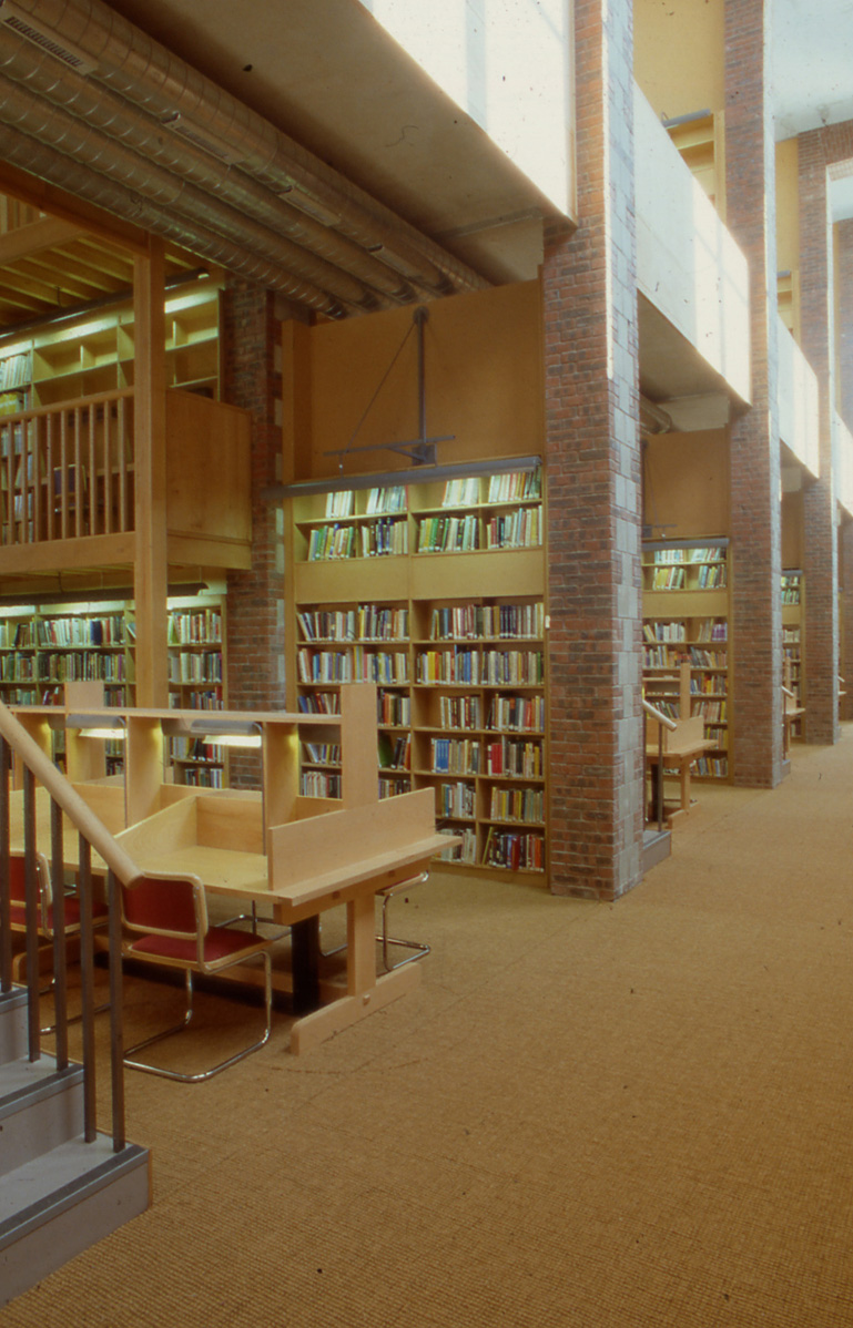 4 CIT - Library