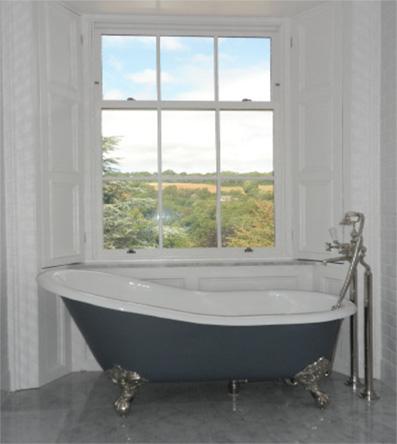 4 Coolmore House - Bathroom