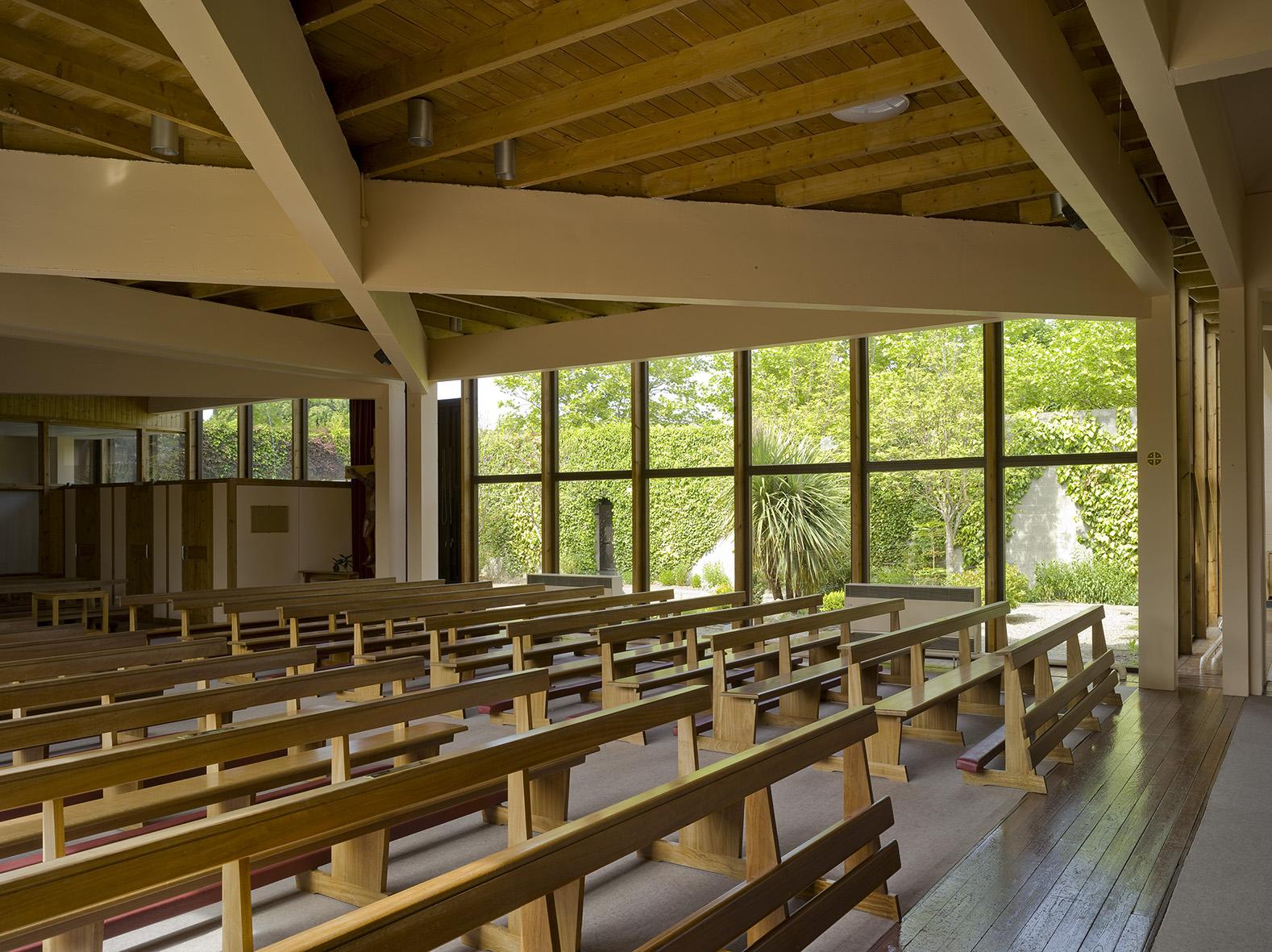 4 Firhouse Church - Interior