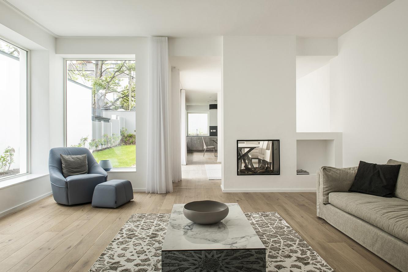 4 Morehampton Lane - Interior