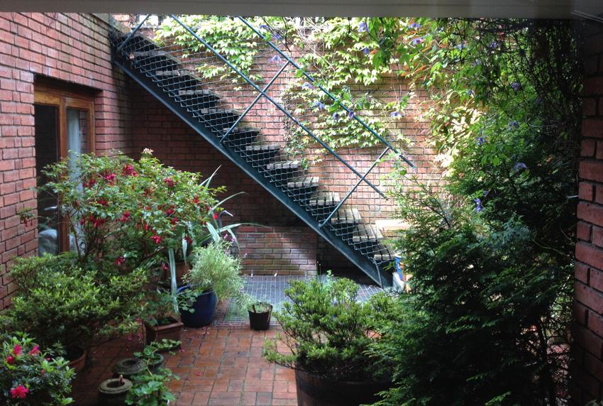 6 Bassborough Parade - Garden