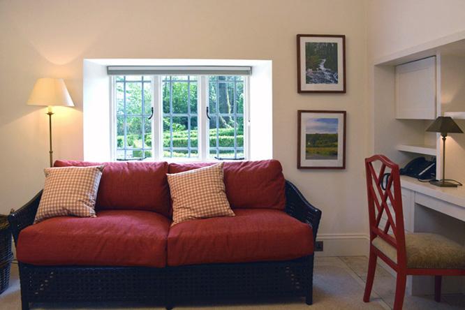 7 Gate Lodge - Living Room