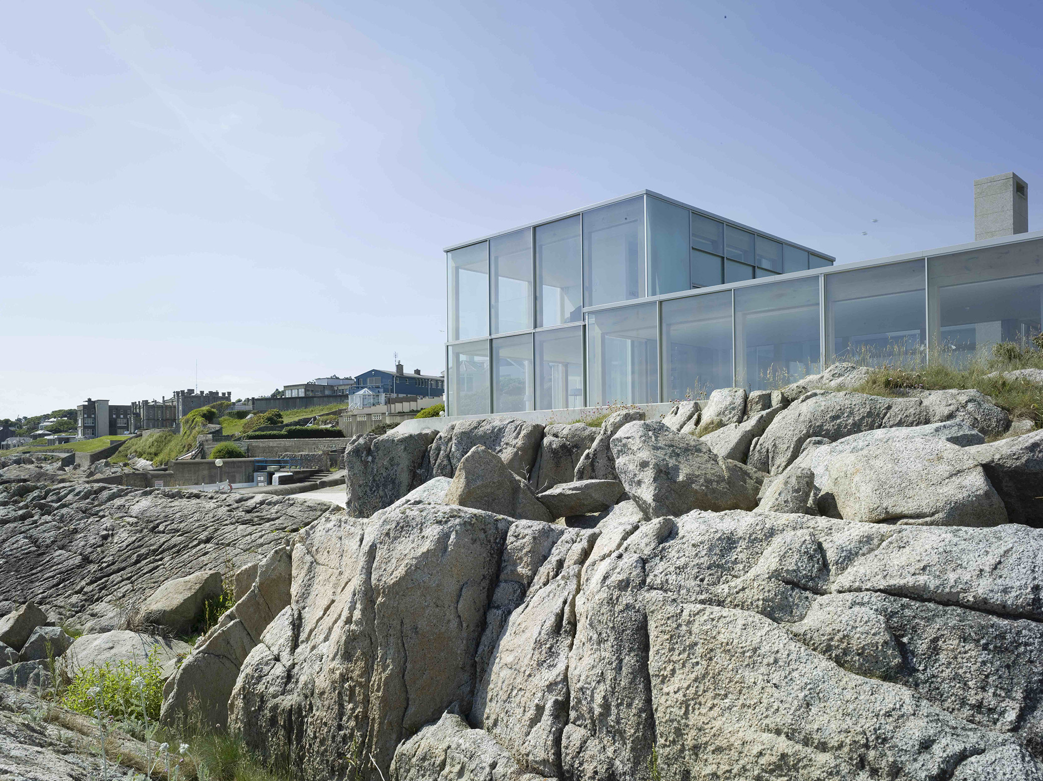 House by the Sea 7